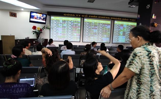 Thị trường chứng khoán: Kỳ vọng dòng tiền nội sẽ nhập cuộc