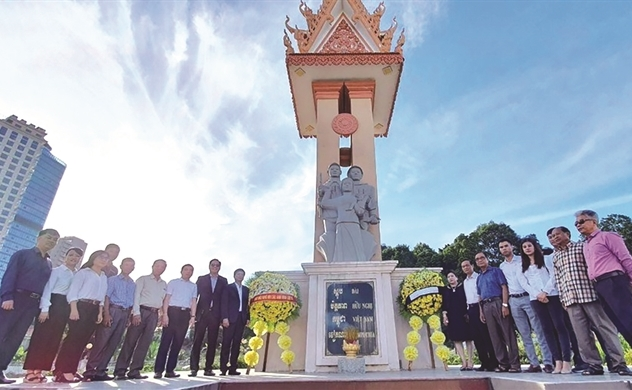 Người Việt bốn phương (số 690)