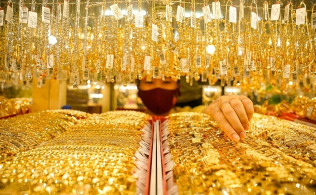 Central bank vows to intervene in gold market