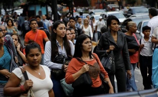 Venezuela lạm phát trên 4.000% trong một năm qua