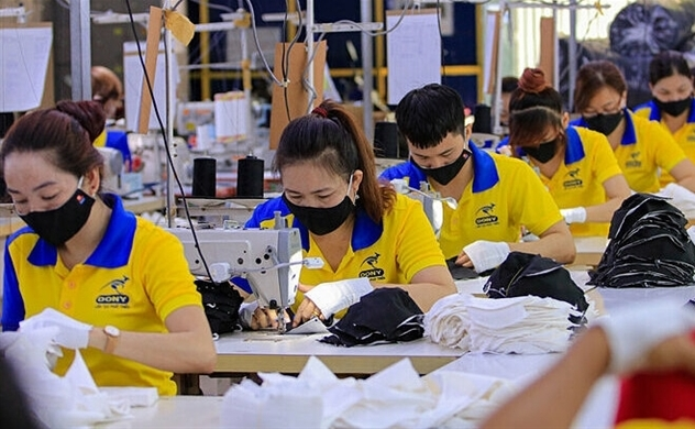 120,000 people to lose HCMC jobs amid fresh Covid-19 outbreak