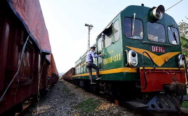 Vietnam Railways posts first H1 loss in a decade