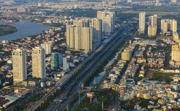 Real estate firms' profits plummet on pandemic woes