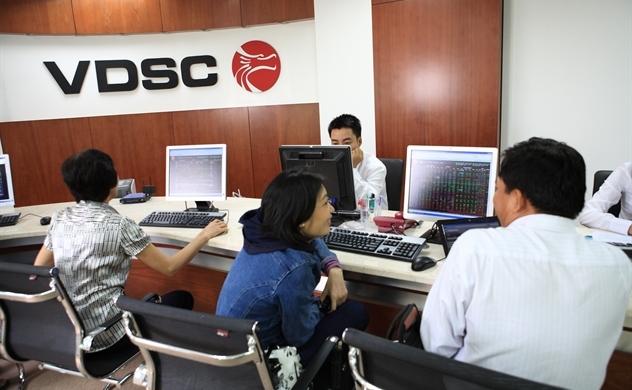 Thị trường chứng khoán: Cơ hội lướt sóng vẫn hiện hữu