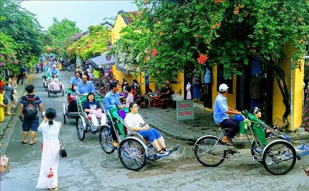 Foreign tourists to Vietnam drop 66.6 percent in eight-month period on pandemic