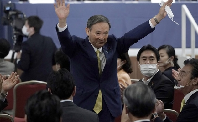 Chân dung tân Thủ tướng Nhật Yoshihide Suga