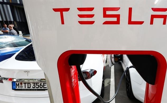 Kế hoạch về một chiếc xe điện hấp dẫn trị giá 25.000 USD của tỉ phú công nghệ Elon Musk