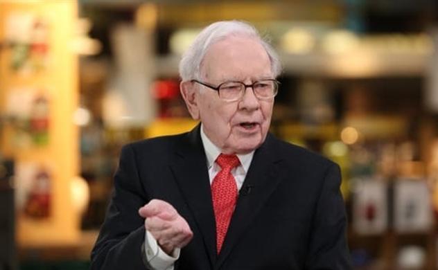 Warren Buffett tiết lộ một nhân vật ảnh hưởng nhiều đến ông