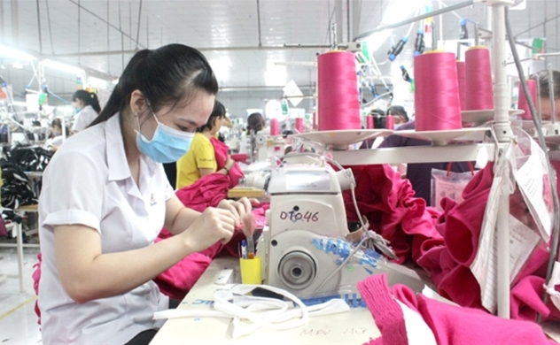 Foreign invested firms account for 70 percent of Vietnam's textile exports
