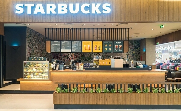 Starbucks struggles to beat Vietnamese coffee chains