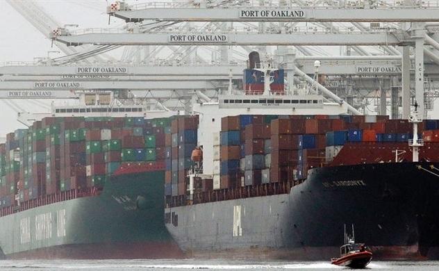 Thâm hụt thương mại hàng hóa của Mỹ lên mức kỷ lục trong tháng 8