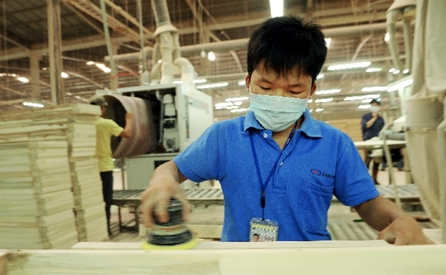 Vietnam cuts corporate income tax by 30% to assist virus-hit firms