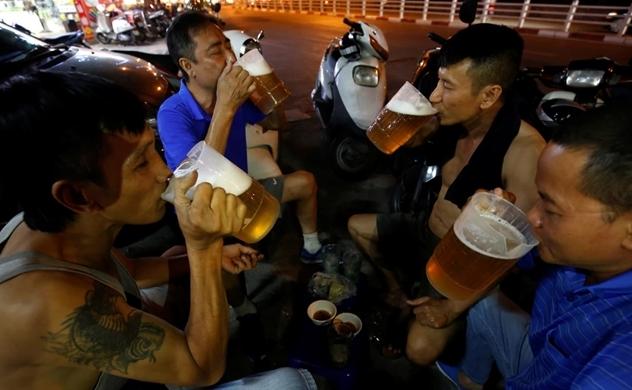 Vietnam's top beer maker Sabeco loses its fizz