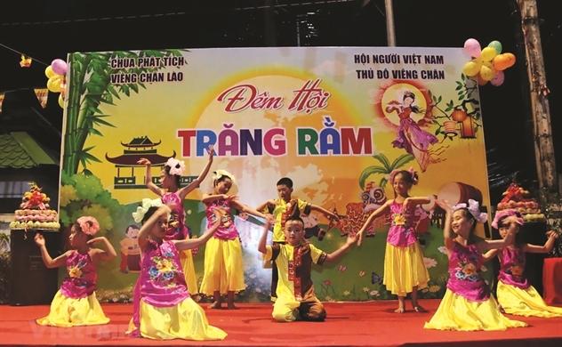 Người Việt bốn phương (số 700)