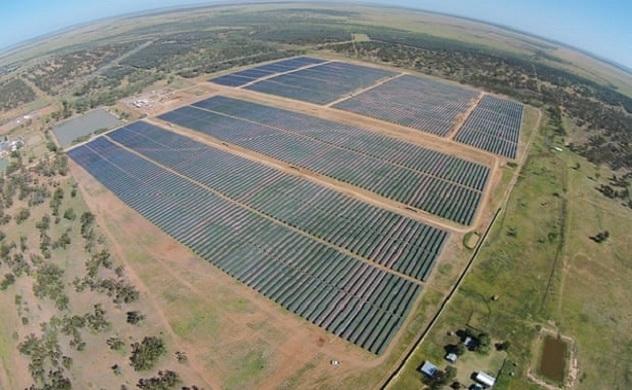 Việc chuyển đổi của Queensland sang năng lượng tái tạo sẽ tạo ra gần 10.000 việc làm