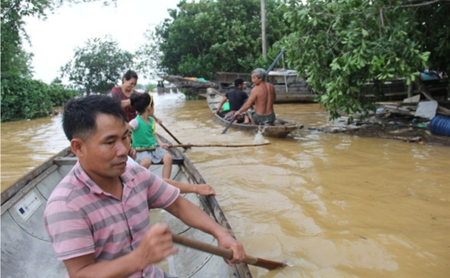 Vietnam's record flooding claims 84 lives in central region