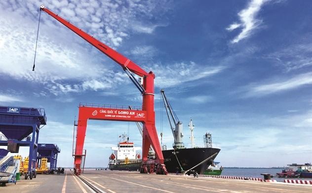 Thế trận mới của cảng biển ngàn tỉ