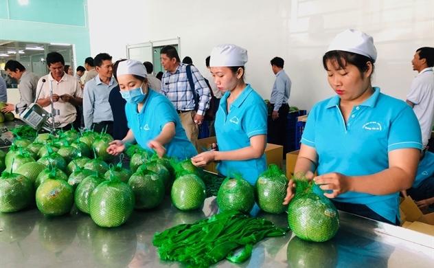 Hàng Việt đắt khách trên đất Thái