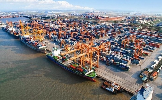 Vietnam's trade surplus widens to $18.72bln in ten months