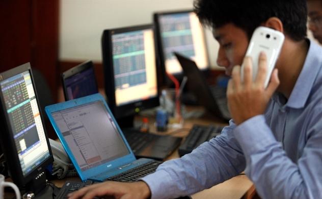 Nguyên nhân khiến thị trường chứng khoán Việt Nam giảm mạnh