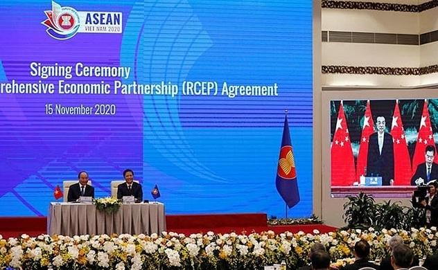 Thách thức và cơ hội với Việt Nam từ RCEP