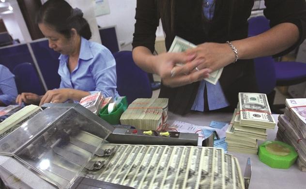Ngân hàng gọi vốn ngoại