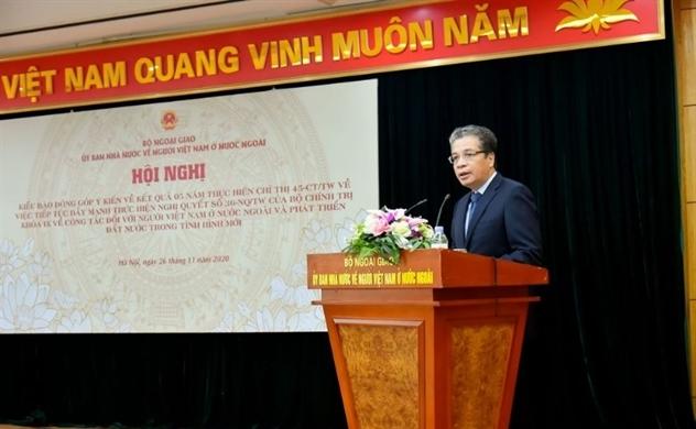 Chỉ thị 45: Ủy ban người Việt lắng nghe ý kiến đóng góp của kiều bào