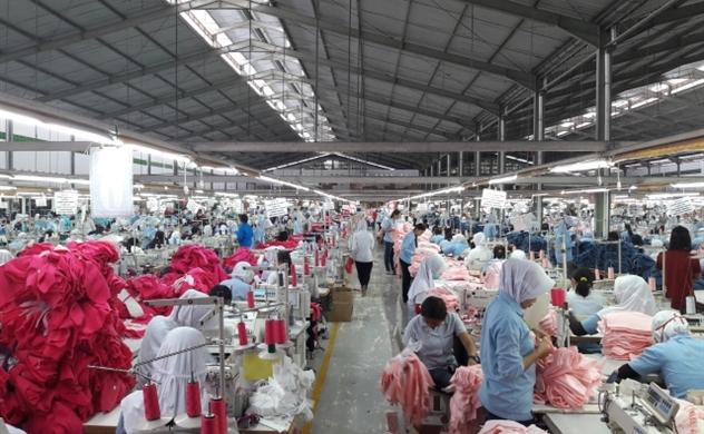 Công nhân may mặc trên toàn thế giới phải đối mặt với tình trạng thiếu lương thực triền miên