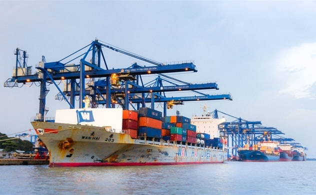 Vietnam Nov trade surplus narrows to $546 mln vs $2.94 bln surplus in Oct