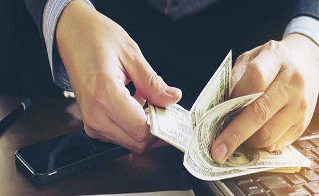 Triệu phú tự thân chia sẻ 5 mẹo để xây dựng nguồn thu nhập triệu USD