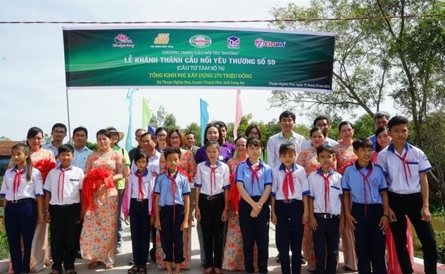 Nhựa Tiền Phong hoàn thành 60 cây cầu nối yêu thương