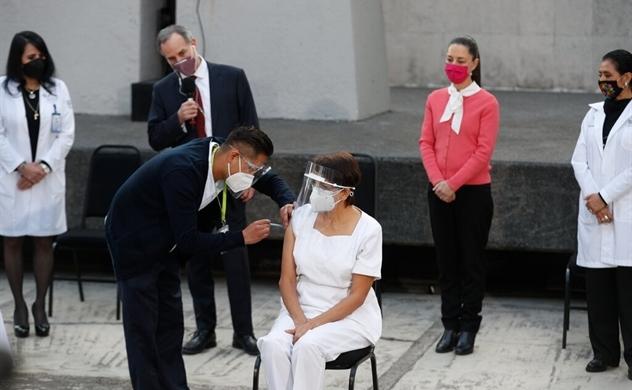 Mexico trở thành quốc gia Mỹ Latinh đầu tiên tiêm vaccine COVID-19