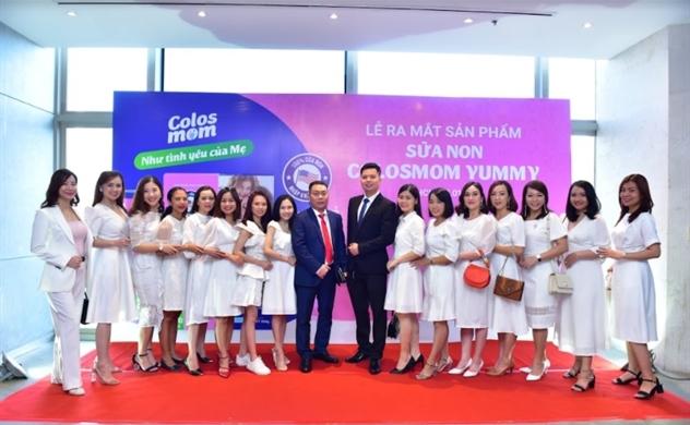 """Nhân dịp ra mắt sản phẩm sữa Non, Hadu Pharma ký kết tài trợ Quỹ """"Vì 1 triệu gia đình Việt Nam hạnh phúc"""""""