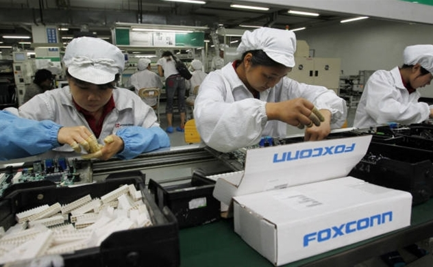 Foxconn to invest additional $700 mln in Vietnam in 2021