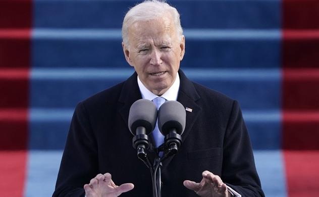 """Ông Joe Biden nắm lấy quyền Tổng thống để đối đầu với một mùa đông """"hiểm họa"""""""
