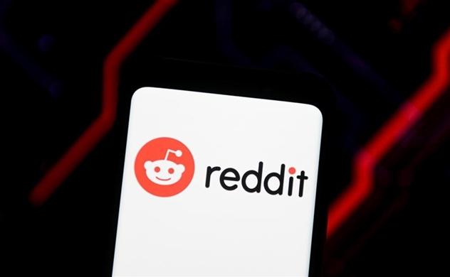 Các nhà giao dịch trên Reddit gây bão, giới phân tích lo ngại