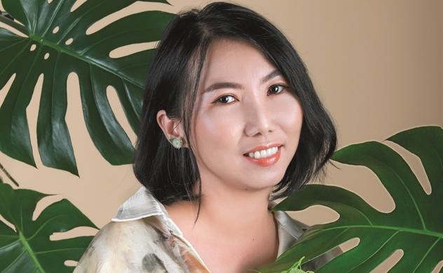 Nhà thiết kế Lư Bích Sơn: Đưa Eco-printing vào thời trang Việt