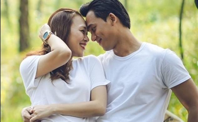 """Đầu năm điểm mặt những mối tình theo trường phái """"Mộ cổ"""" trong showbiz Việt"""