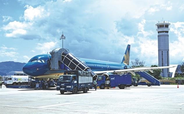Việt Nam cần bao nhiêu sân bay?