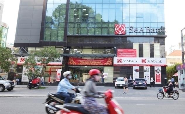 Chứng khoán đỏ lửa, cổ phiếu SeABank vẫn kịch trần ngày đầu chào sàn HOSE