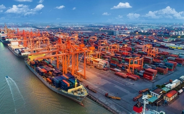 Vietnam 1Q trade surplus narrows to $2.02 bln vs $2.8 bln