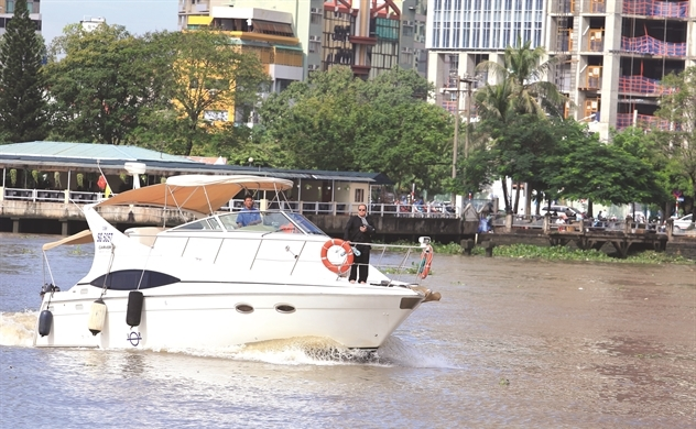 Người Việt mê du thuyền