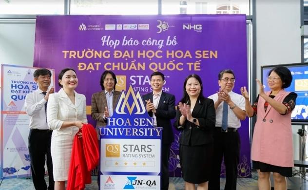Trường đại học Việt Nam đầu tiên đạt chuẩn 4 sao