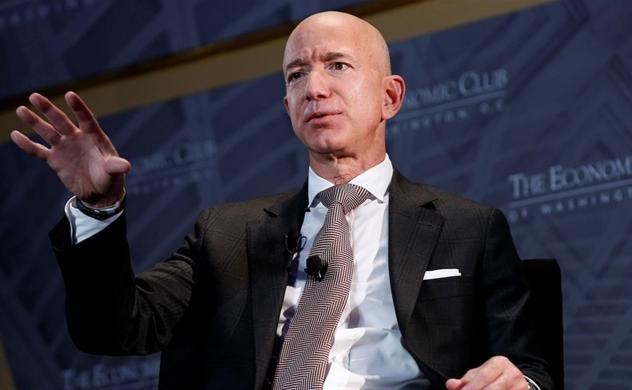 Tài sản của Jeff Bezos lại vượt 200 tỉ USD
