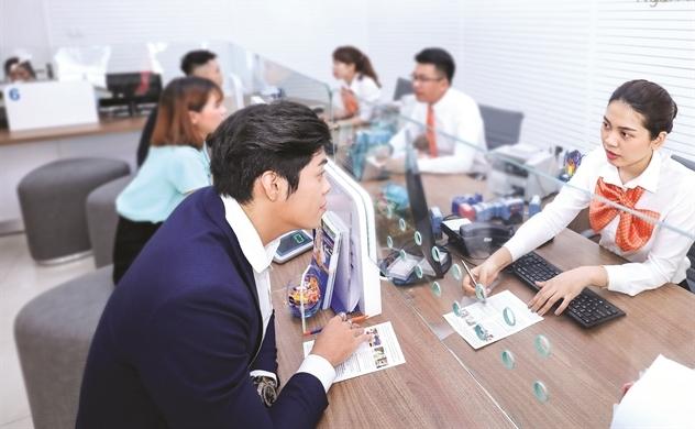 Ngân hàng và áp lực kênh dẫn tiền