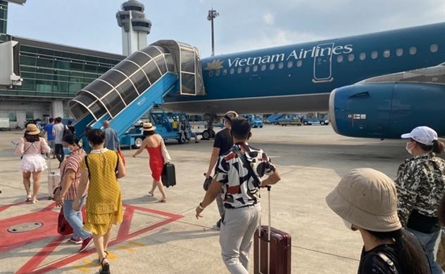 Vietnam Airlines thua lỗ kỷ lục trong quý I, dịch COVID-19 bắt đầu bùng phát tại nhiều nước