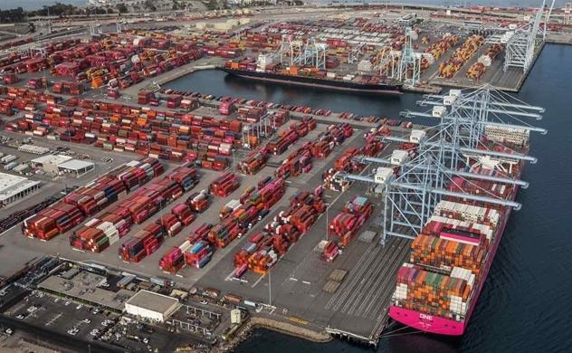 Sự tắc nghẽn Kênh đào Suez của Ever Given vẫn làm gián đoạn vận chuyển toàn cầu