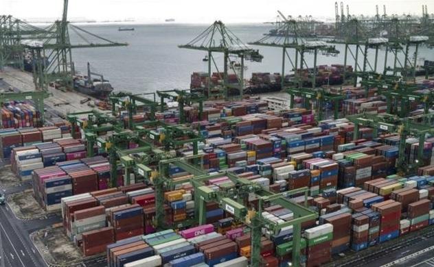 Sự gia tăng COVID-19 ở Ấn Độ gây sức ép cho ngành vận tải biển toàn cầu