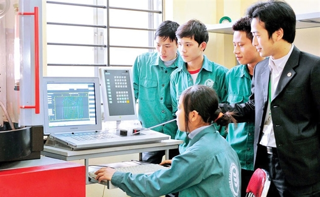 Gần 40% doanh nghiệp vừa và nhỏ tại Việt Nam phải cắt giảm nhân sự