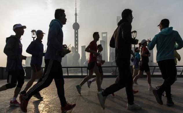 """Ấn Độ """"soán ngôi"""" Trung Quốc về dân số vào năm 2025"""